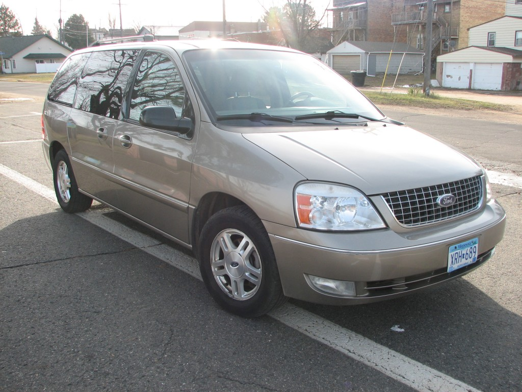 2006 Ford Freestar SEL Main Image